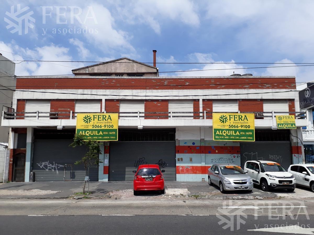 alquiler de local y dos departamentos en villa dominico (24639)