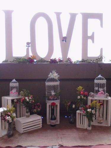 alquiler de love, puff, mesas de vidrio