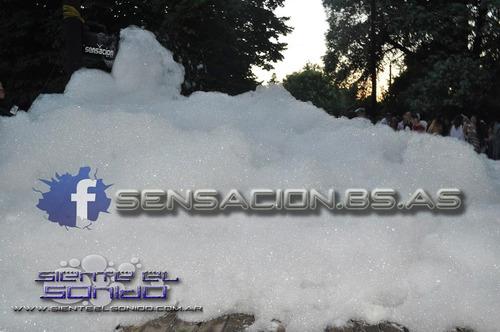 alquiler de maquinas de espuma//nieve//profesional....