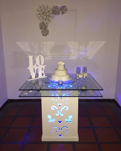 alquiler de mesas de vidrio para torta