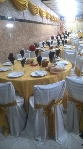 alquiler de mesas redondas sillas vajilla y manteles