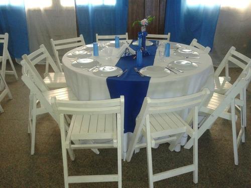 alquiler de mesas sillas vajillas mantel living puff gazebos