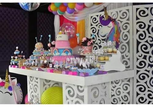 alquiler de mesas y mobiliario para candy bar