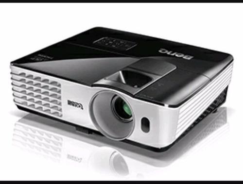 alquiler de micrófonos inalámbricos, pantallas, proyectores