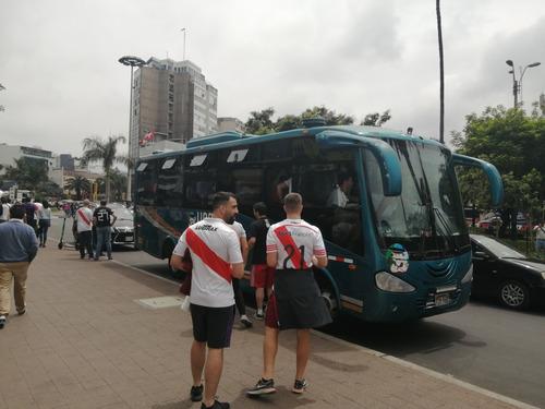 alquiler de minibus, buses para transporte de personal