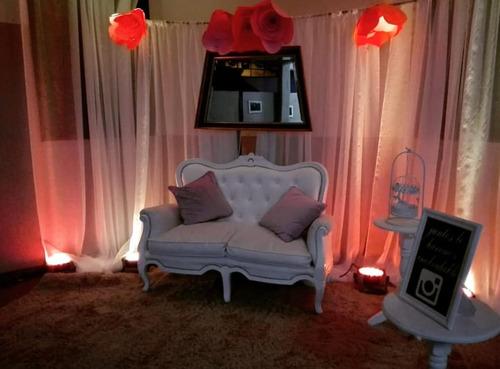 alquiler de mobiliario de estilo, letras luminosas y más