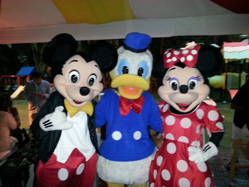 alquiler de muñecotes mickey mouse