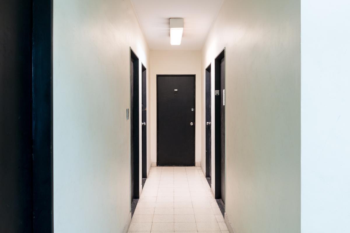 alquiler de oficina de 20 m2 en lavalle al 2300