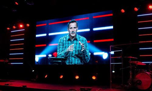 alquiler de pantalla led para iglesias