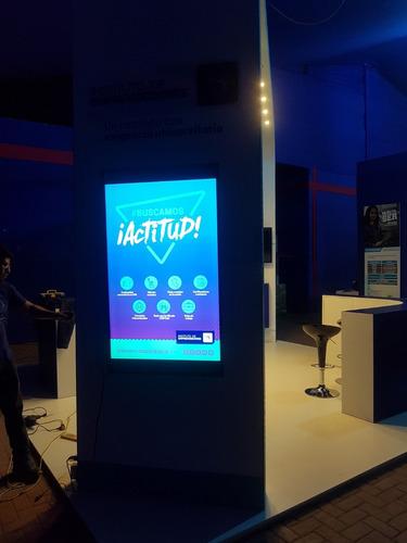 alquiler de pantallas touch, monitores táctiles, totems