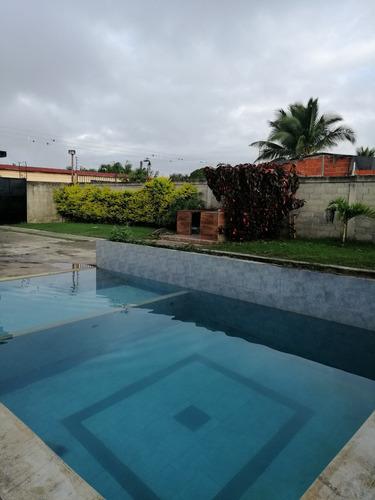alquiler de piscina para eventos, caney, salon
