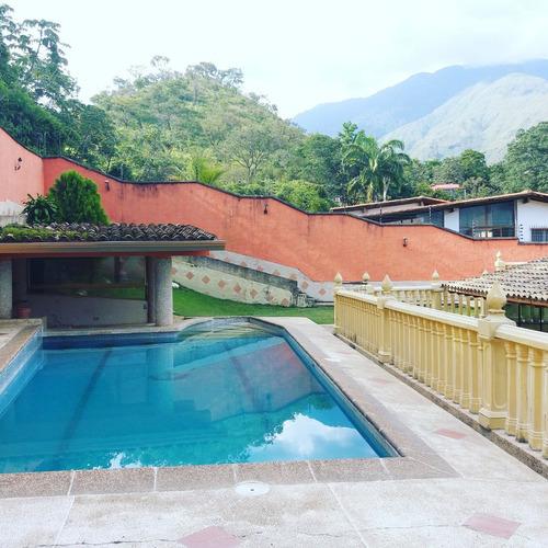 alquiler de piscina y amplios espacios para fiestas maracay