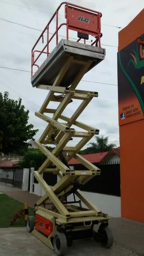 alquiler de plataforma elevadora tipo tijera