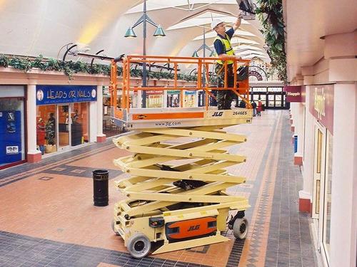 alquiler de plataformas elevadoras tipo tijeras 153-025-6248