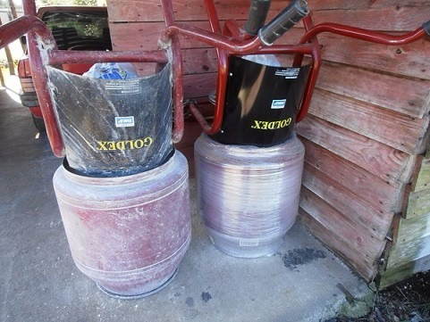 alquiler de  pocera hoyadora y generadores cont sms