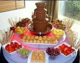 alquiler de pochoclos y copos de azucar cascada de chocolate
