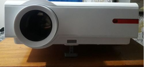 alquiler de proyector + pantalla 100 $2000