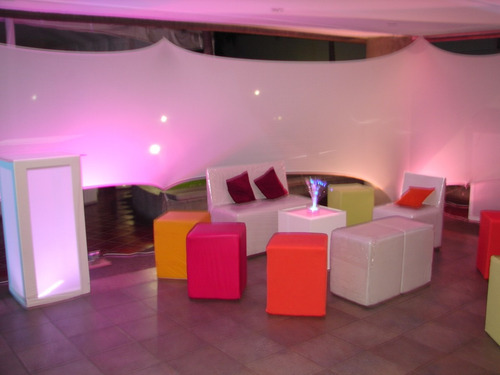 alquiler de puffs, muebles lounge y festejos