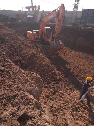 alquiler de retro excavadora