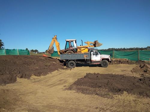 alquiler de retro excavadora y camión trabajos en general