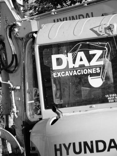 alquiler  de retroexcavadora, bobcat y camiones volcadores