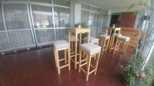 alquiler de salas lounge, mesas altas de bar y barra movil