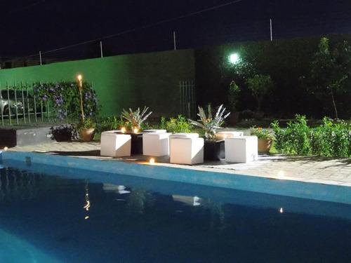 alquiler de salon de fiesta con piscina (bramasole)