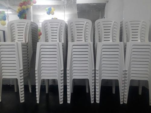 alquiler de sillas, living, puf, vajilla