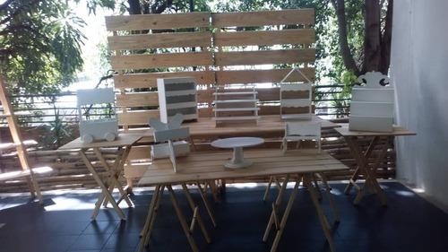 alquiler de sillas mesas candy bar palet