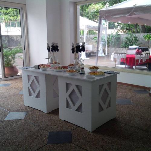 alquiler de sillas, mesas, mesones, area lounge y mas