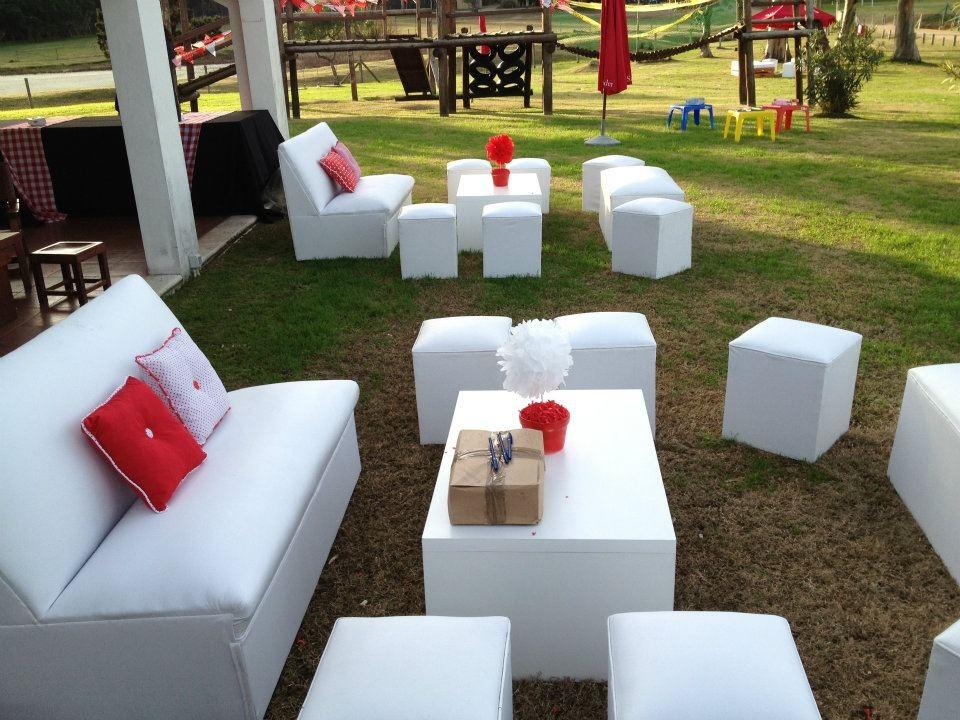 Alquiler de sillas mesas puffs livings mesas de bar barras for Bar mercado libre