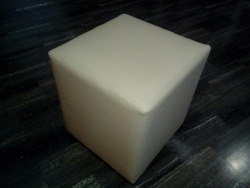 alquiler de sillas, mesas y puff