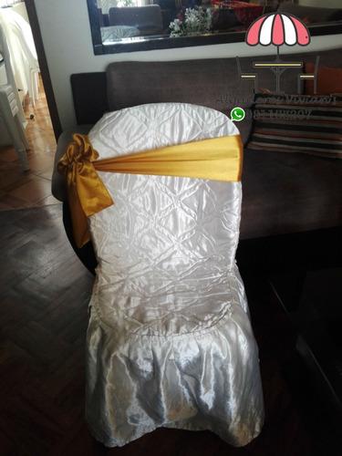 alquiler de sillas y mesas de  plástico para eventos