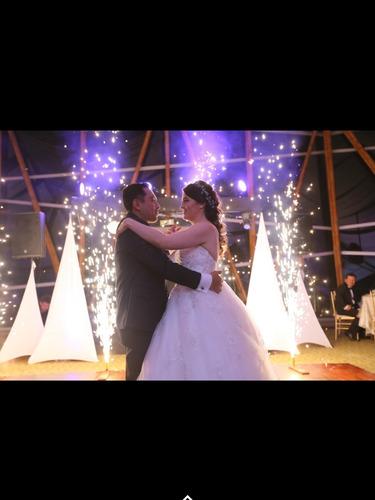 alquiler de sonido e iluminación ,minitekas ,bodas,15 años.