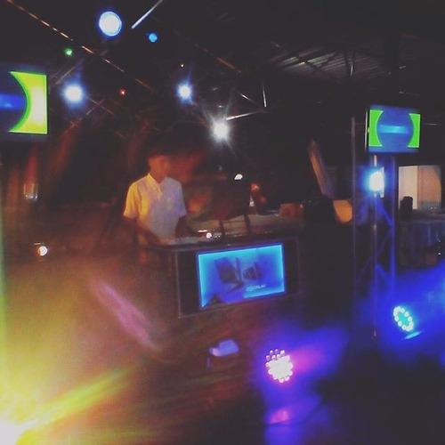 alquiler de sonido profesional, karaoke, iluminacion, dj, tv