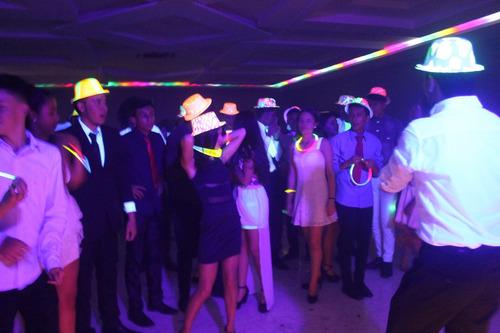 alquiler de sonido,luces, dj y animacion, fiestas y eventos