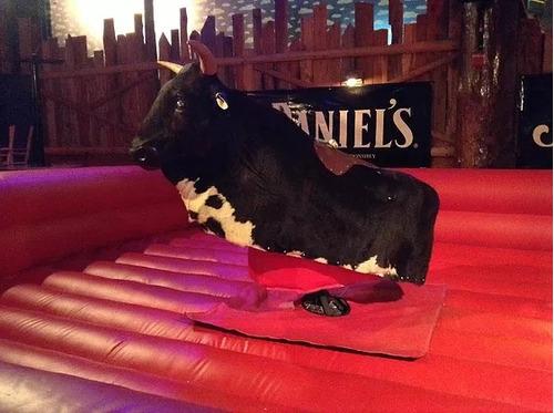 alquiler de toro mecanico para fiestas importado de usa