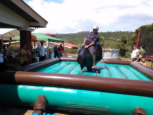 alquiler de toro mecanico y tabla de surf