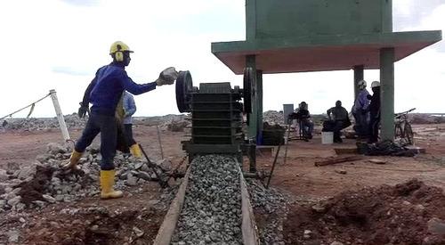 alquiler de trituradora de piedra y concreto