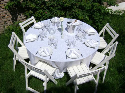 alquiler de vajilla, mantelería, mesas y sillas!!