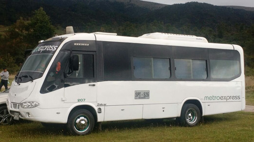 alquiler de van's camionetas transporte dentrobogota