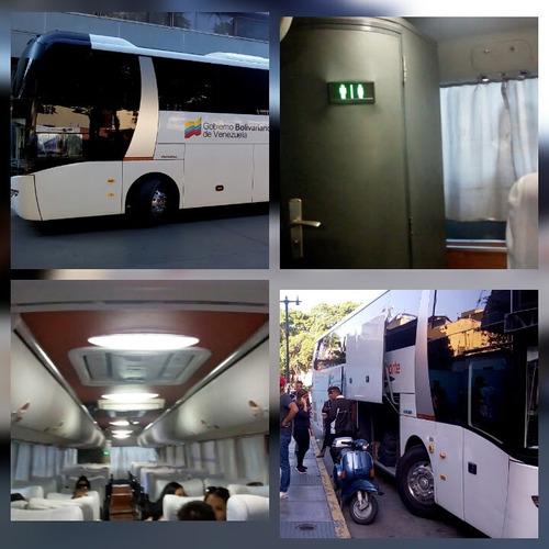 alquiler de vans y buses con chofer (transporte ejecutivo)