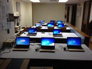 alquiler de video beam, laptop, pantalla, sonido y tv