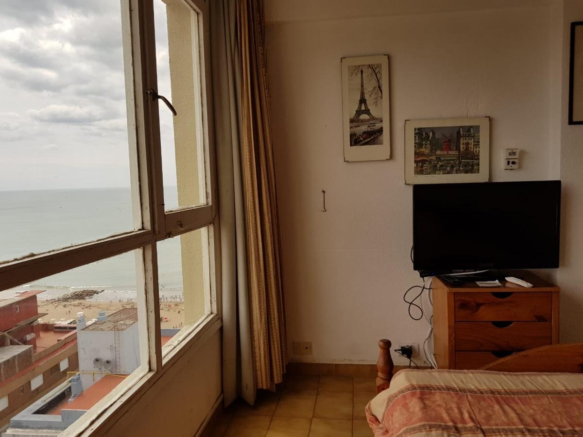 alquiler departamento 1 ambiente miramar dia vista al mar
