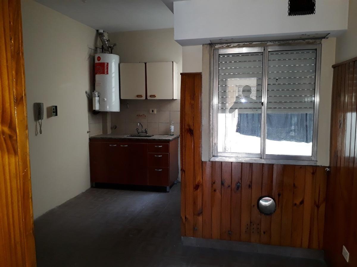 alquiler departamento 2 ambientes san justo patio y balcón