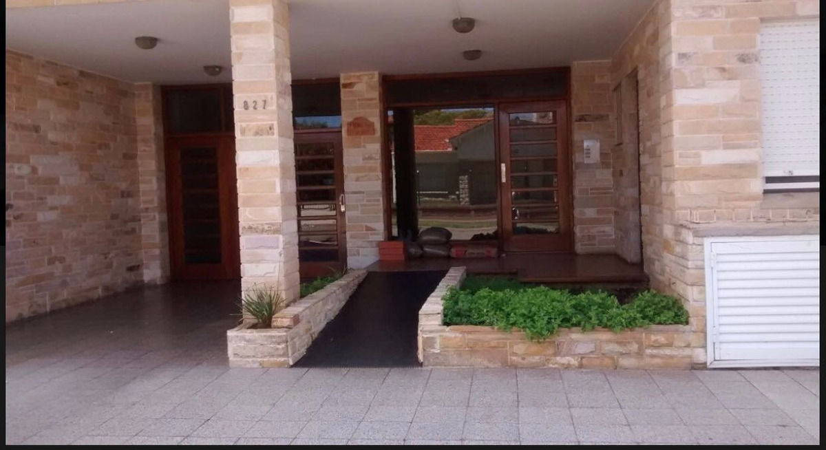 alquiler departamento 3 ambientes miramar balcón centro