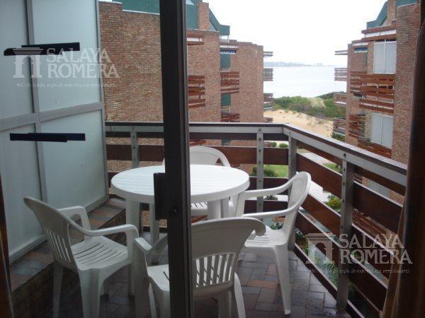 alquiler departamento en playa mansa, 1 dormitorio, balcon