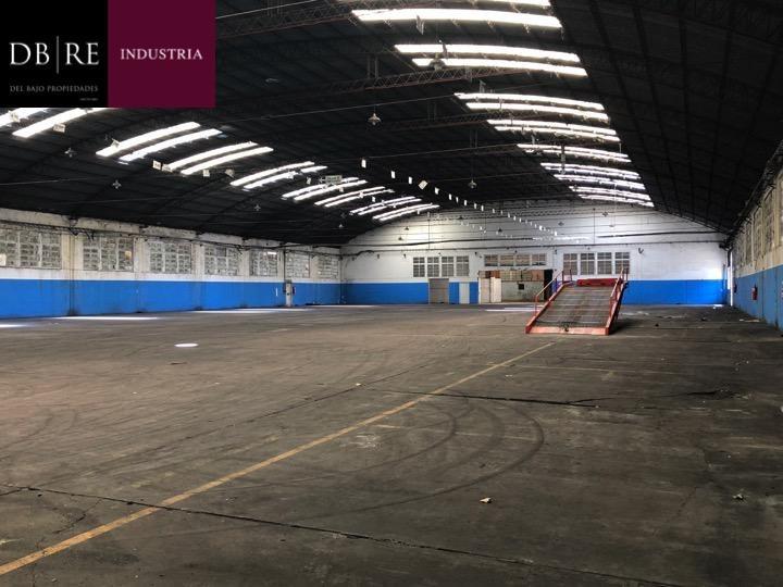 alquiler depósito 2500 m2  parque industrial pilar