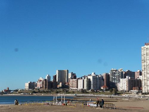 alquiler dptos. mar del plata, frente al mar, p/4 personas