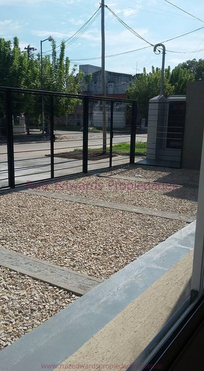 alquiler dto 2 amb + terraza + estacionamiento